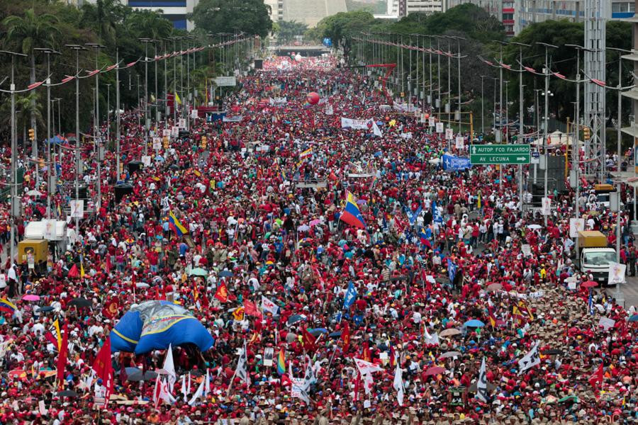 Marcha opositora en Venezuela: un estudiante muerto