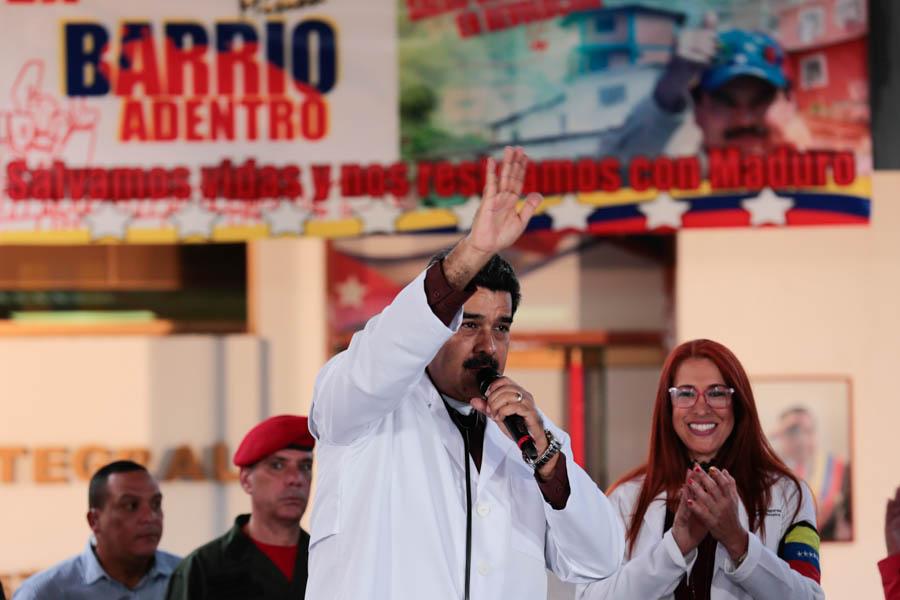 Presidente ordenó investigar a Movistar por vincularse a