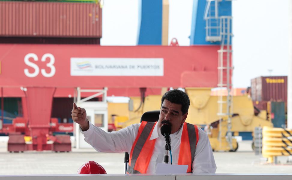 Ejecutivo inauguró en el Puerto de La Guaira terminal especializado en contenedores