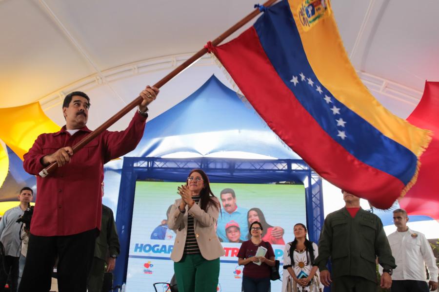 Maduro por fin confirma fecha para elecciones presidenciales en Venezuela