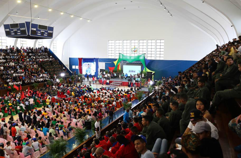 Maduro: Plan Chamba Juvenil generará 200 mil empleos entre junio y julio