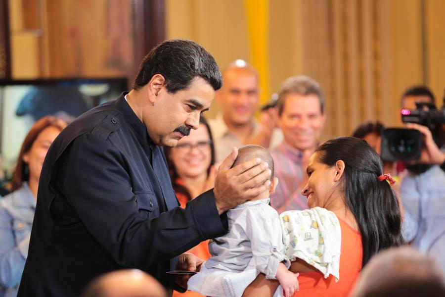 Presidente Nicolás Maduro nombró cuatro nuevas ministras