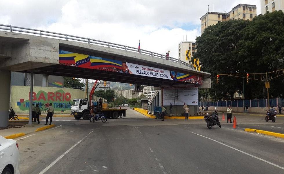 Coche en Caracas: Gobierno nacional inaugura Elevado Valle