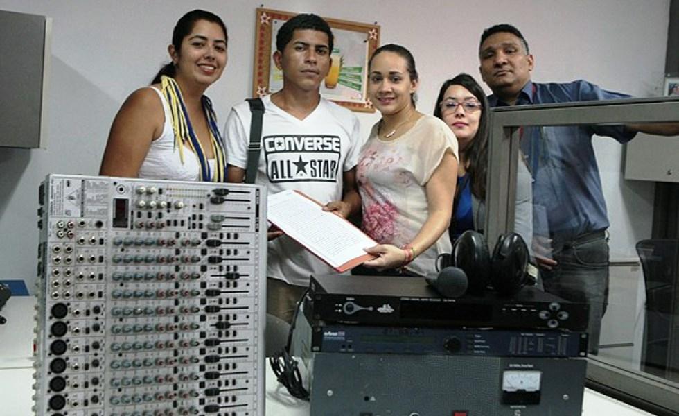 CONATEL entregó equipos técnicos a la Radio Crepuscular del estado Lara, con el fin de lograr su reactivación tras sufrir ataque terrorista