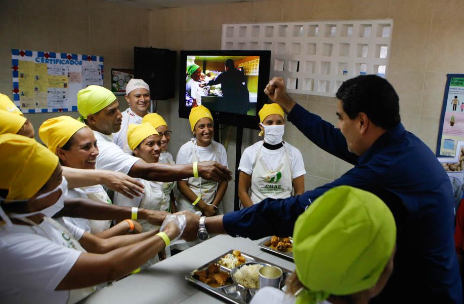 Presidente Maduro: Tenemos la inversión garantizada para la educación pública