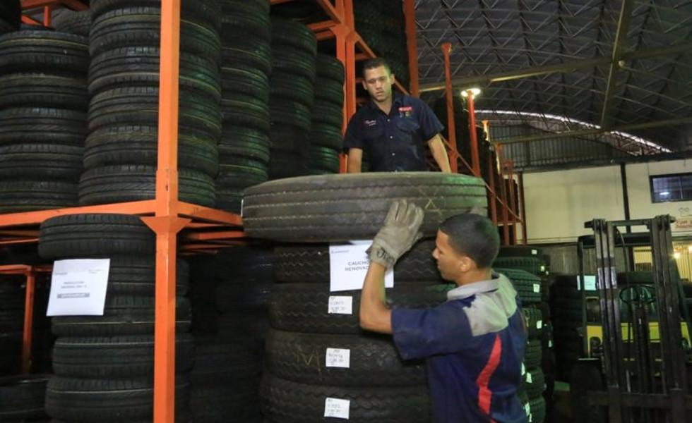 Gobierno anunció llegada de insumos para transportistas