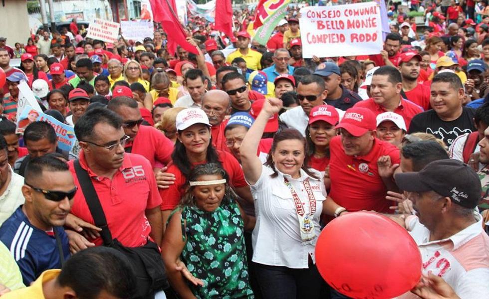 Lizeta Hernández y Henry Rangel Silva se juramentaron como gobernadores