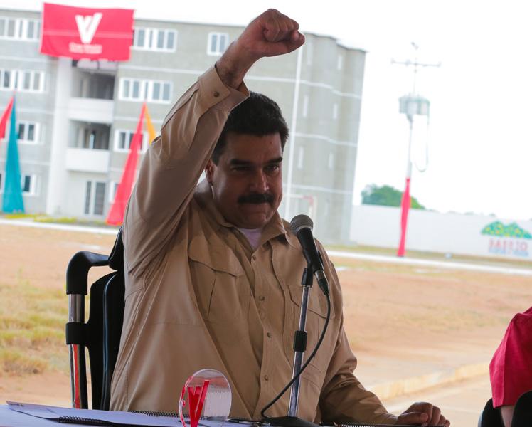 La guerra entre Maduro y Ramírez por los despojos del país