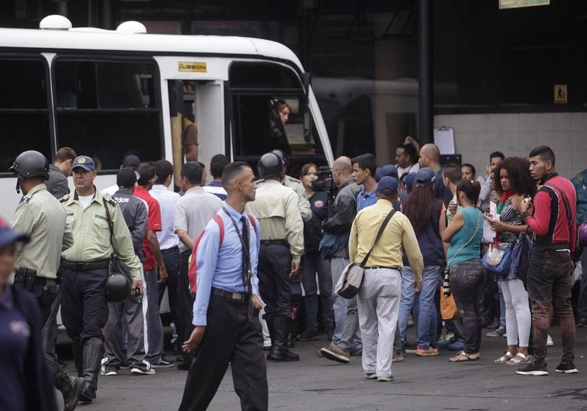 Calculan que dos millones de temporadistas han salido desde Caracas