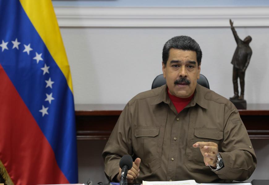 Maduro denuncia