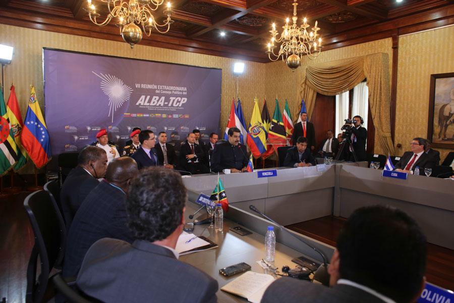 Gobierno colombiano sabotea importación de alimentos y medicinas hacia Venezuela — Maduro