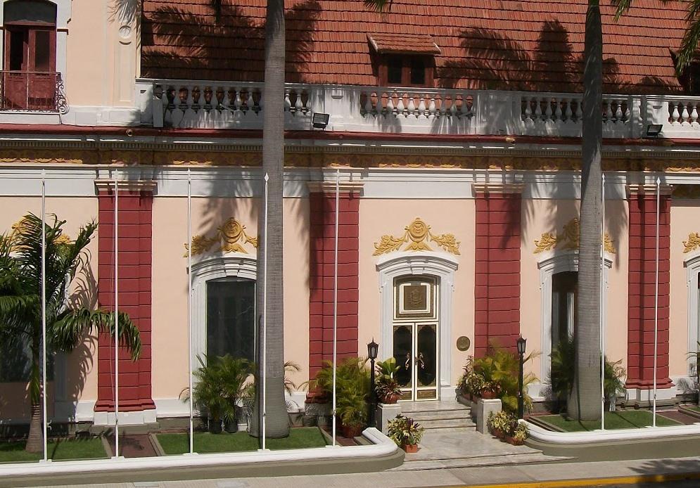 Maduro recibió cartas credenciales de Embajadores en Miraflores